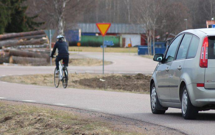De flesta dödsolyckor som sker med cyklister går att förebygga med idag känd teknik.