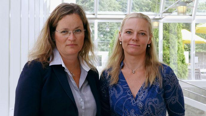 Mia Liblik, VD Folksam LO Pension och Michaela Olsson, uppdragsledare för Folksam LO Pensions hållbarhetsarbete.