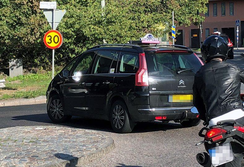Taxi största fartsyndarna på 30-väg